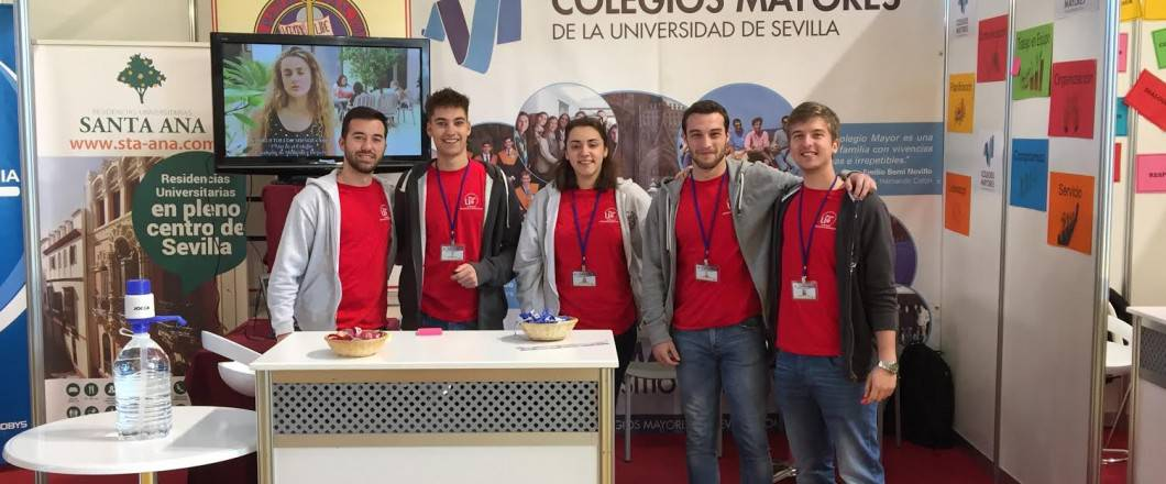 Crónica Del Salón Del Estudiante Colegio Mayor Universitario San